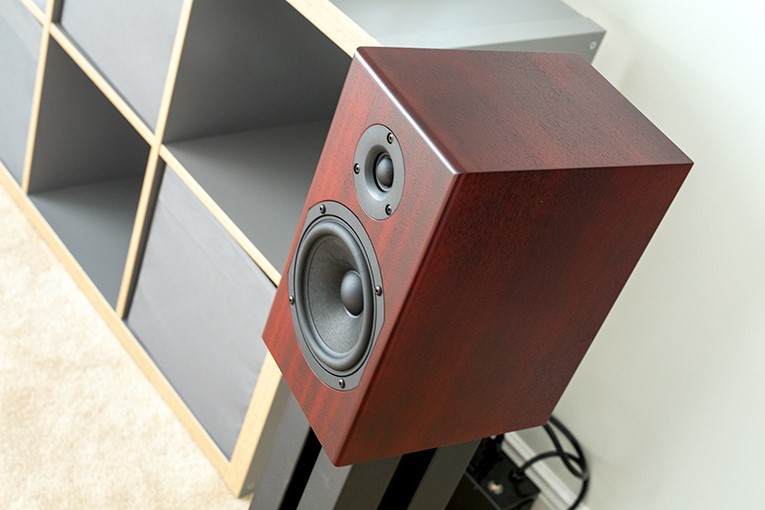 Skylight seduces Stereophile